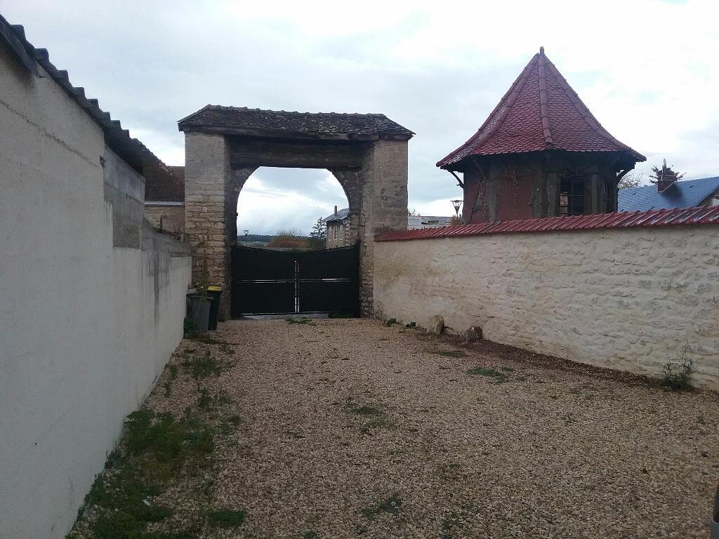 Achat Appartement 2 pièces à Château-sur-Epte - vignette-1