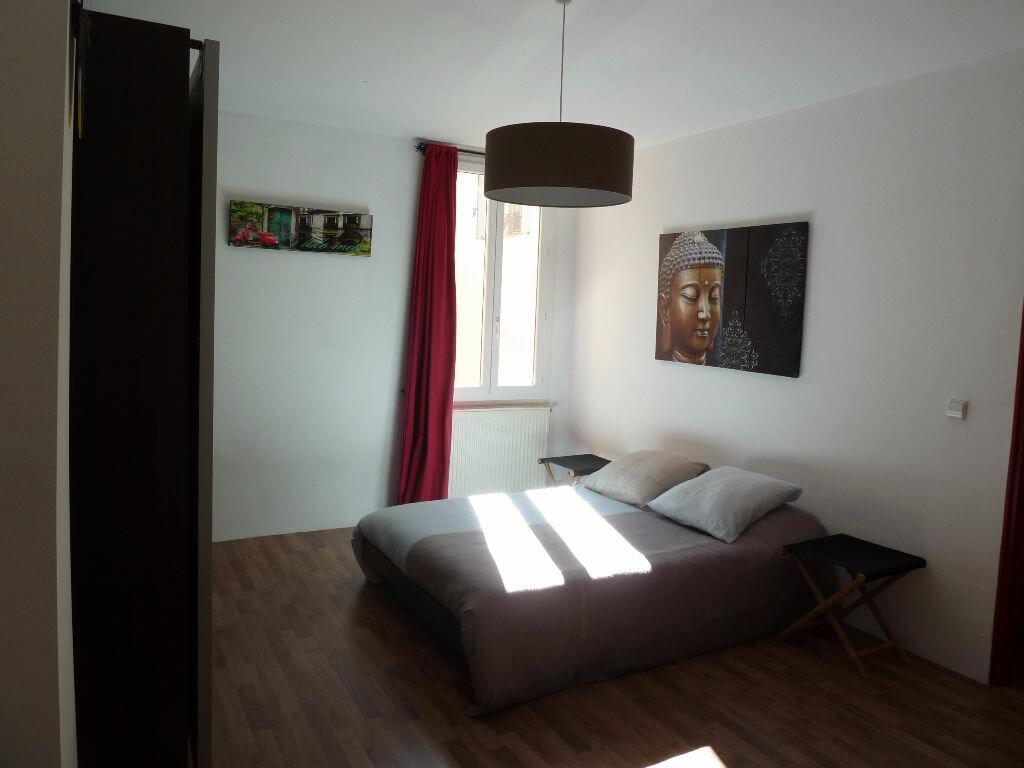 Achat Appartement 4 pièces à Forcalquier - vignette-3