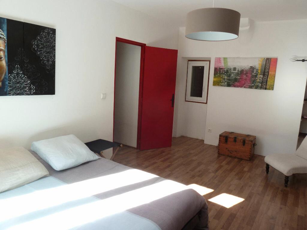 Achat Appartement 4 pièces à Forcalquier - vignette-12