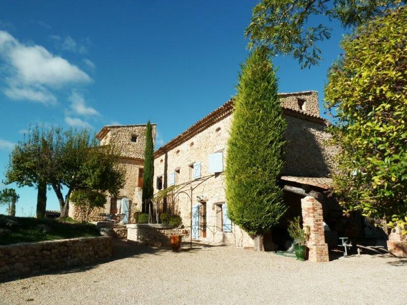 Achat Maison 10 pièces à Vinon-sur-Verdon - vignette-1