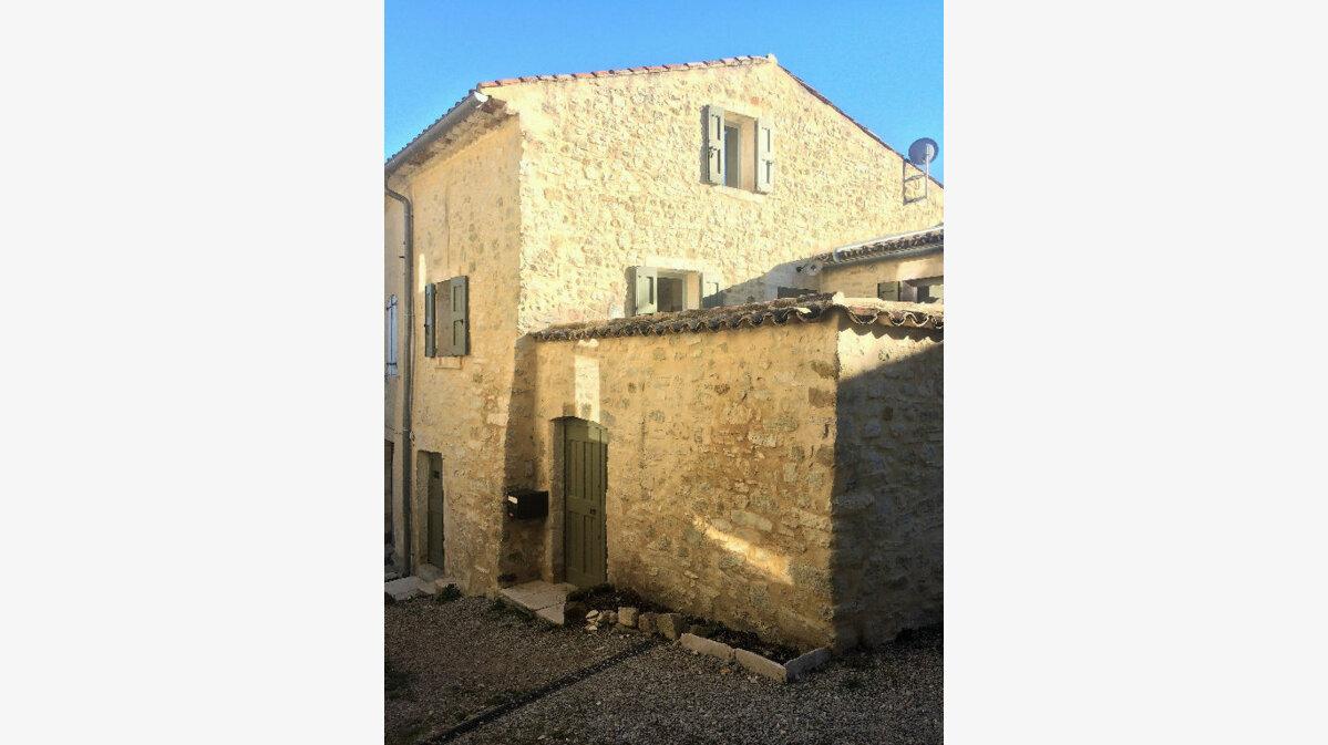 Location Maison 2 pièces à Revest-des-Brousses - vignette-1