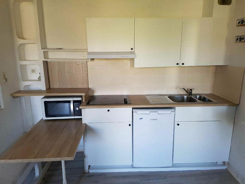 Location Appartement 1 pièce à Forcalquier - vignette-2