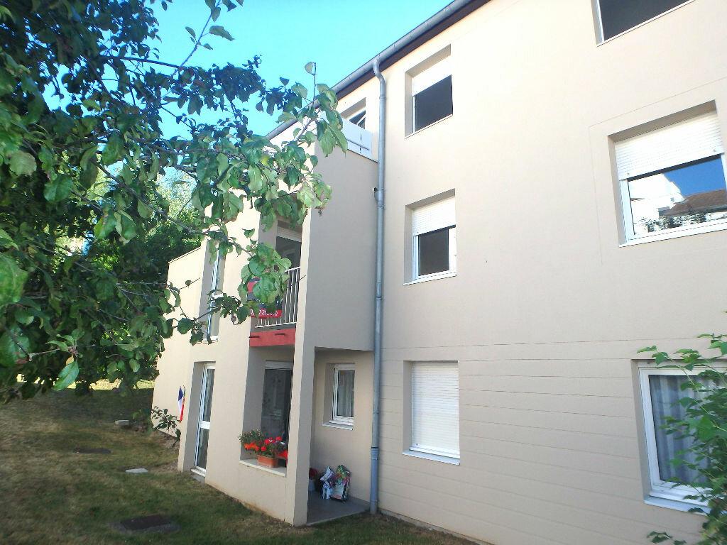 Achat Appartement 4 pièces à Montigny-lès-Metz - vignette-2