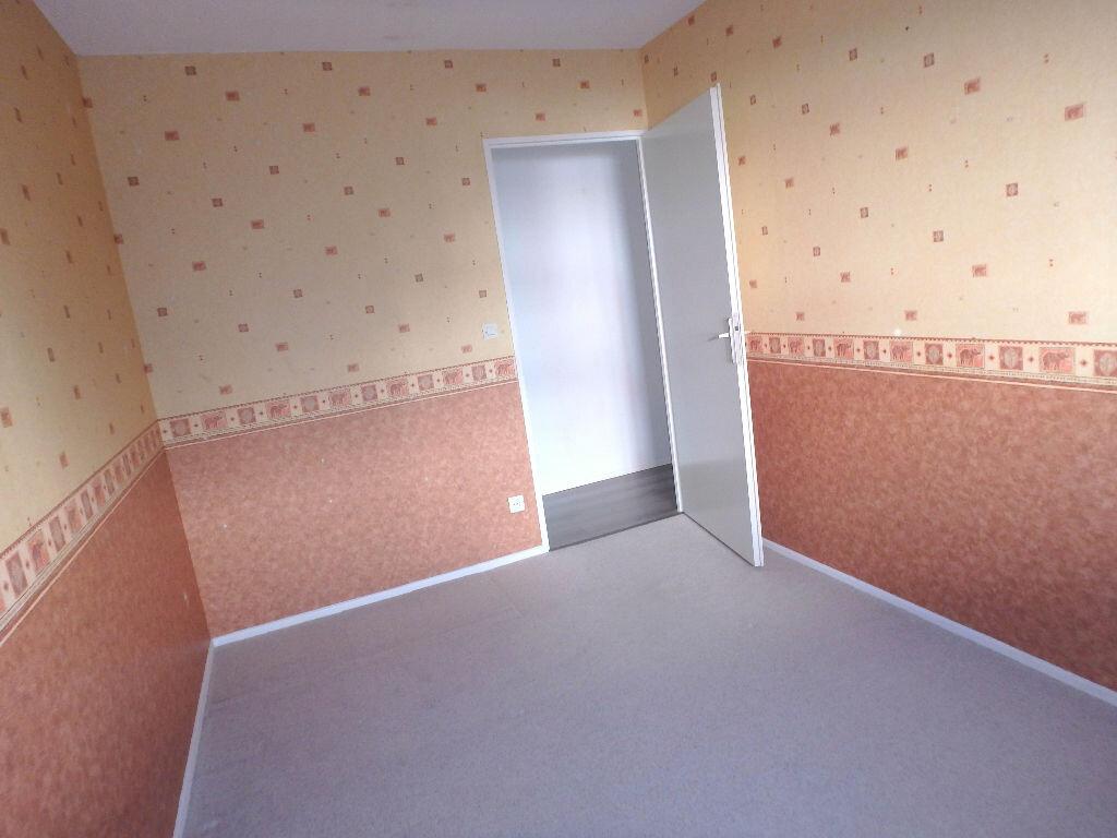 Achat Appartement 4 pièces à Montigny-lès-Metz - vignette-7
