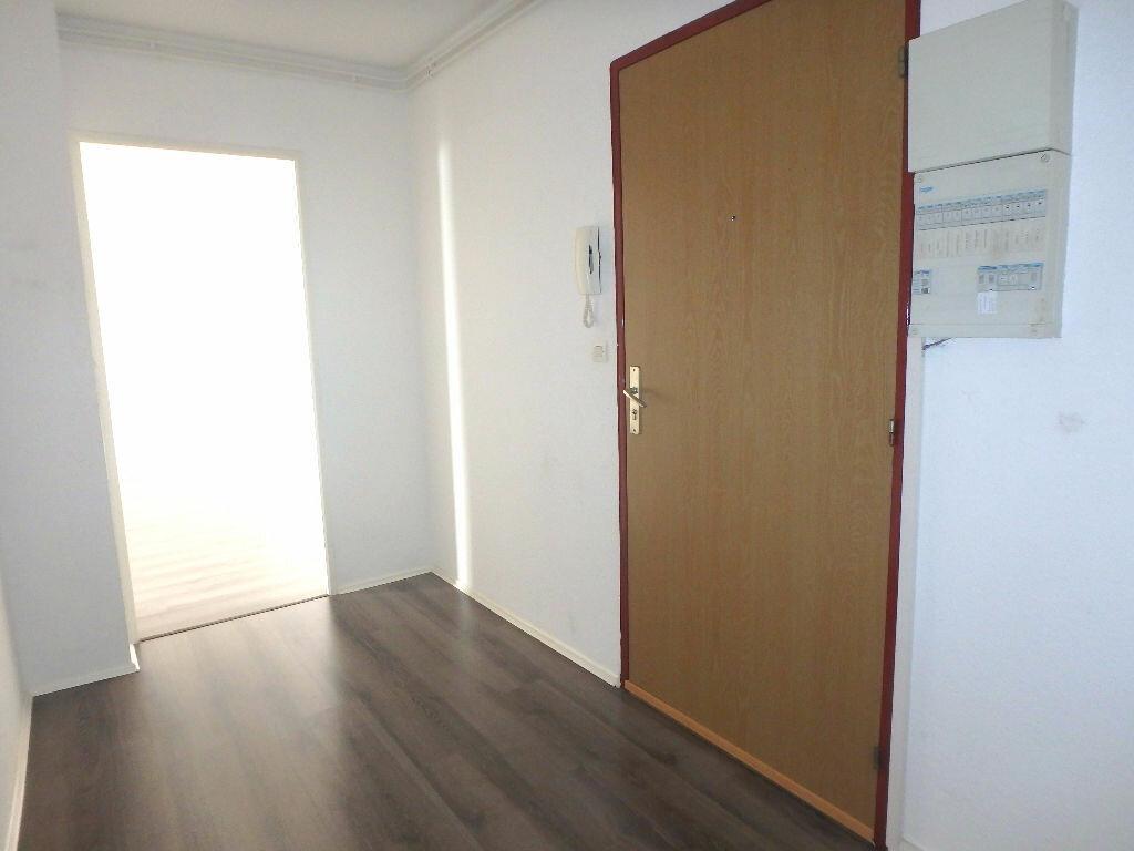 Achat Appartement 4 pièces à Montigny-lès-Metz - vignette-8