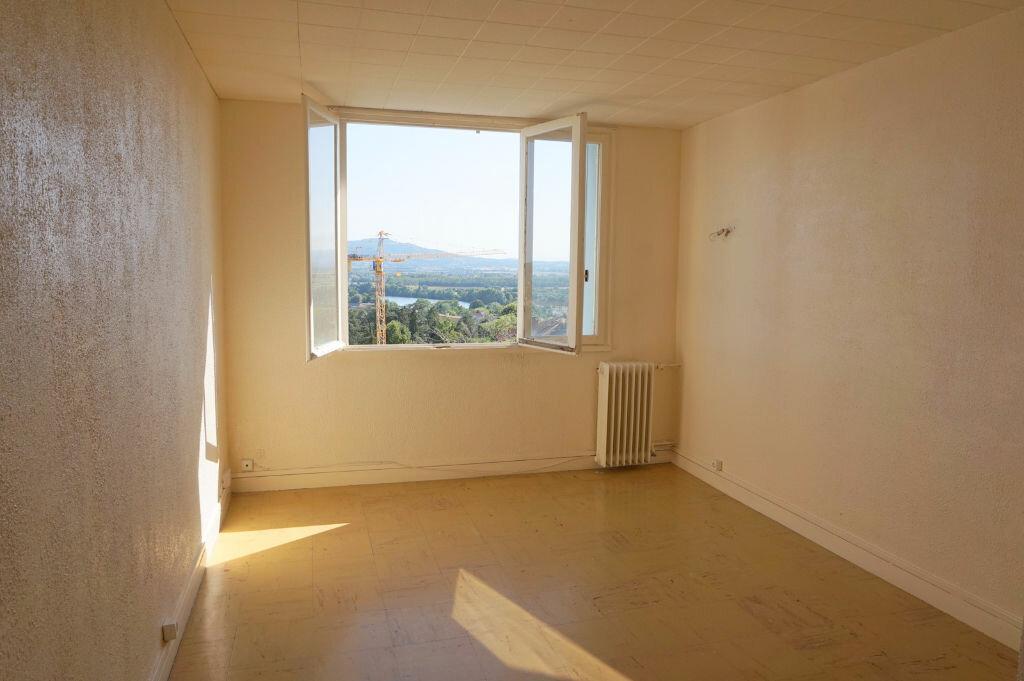 Achat Appartement 4 pièces à Trévoux - vignette-3