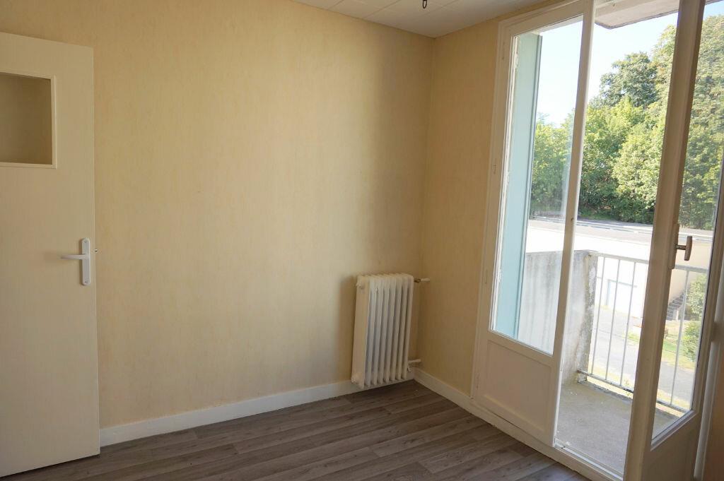 Achat Appartement 4 pièces à Trévoux - vignette-4