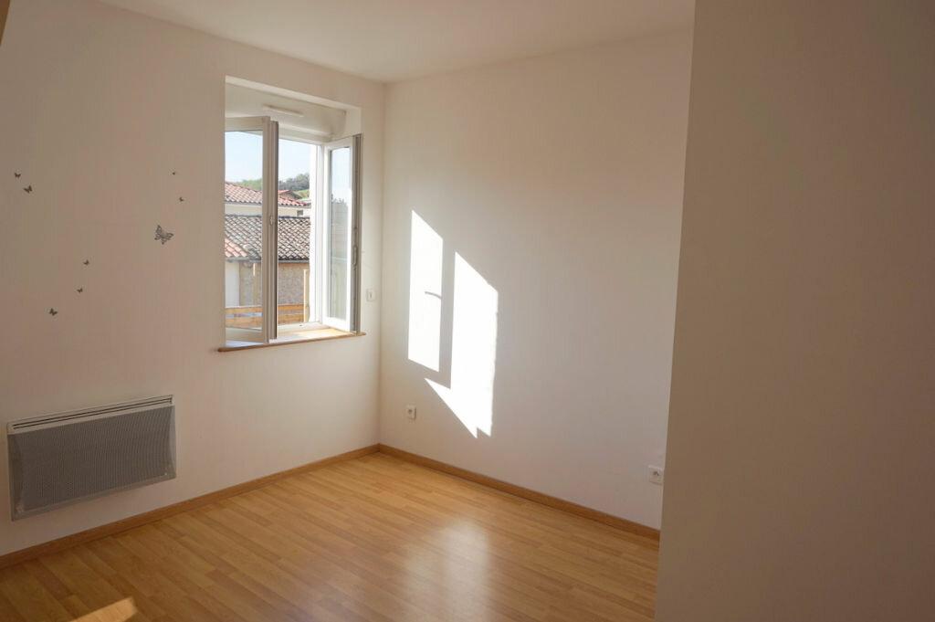 Achat Appartement 4 pièces à Sainte-Euphémie - vignette-6