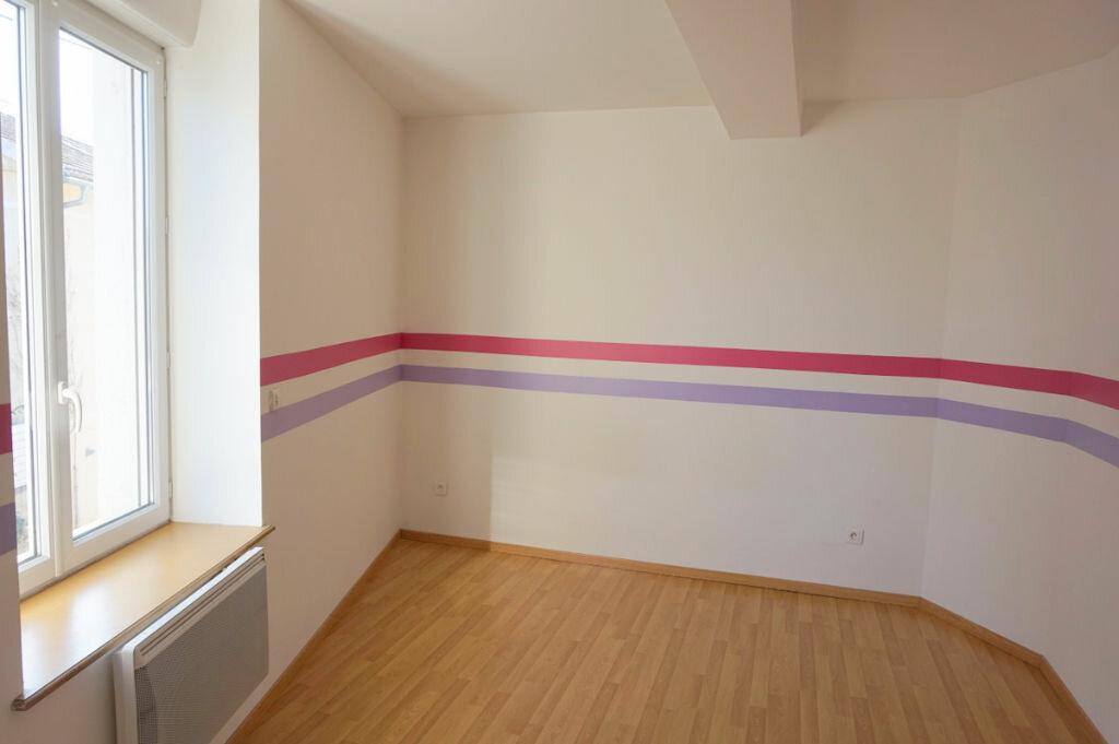 Achat Appartement 4 pièces à Sainte-Euphémie - vignette-7