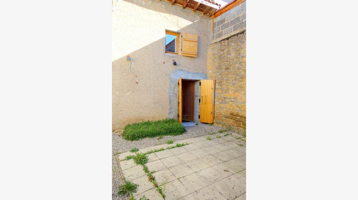 Achat Maison 3 pièces à Saint-Germain-au-Mont-d'Or - vignette-2
