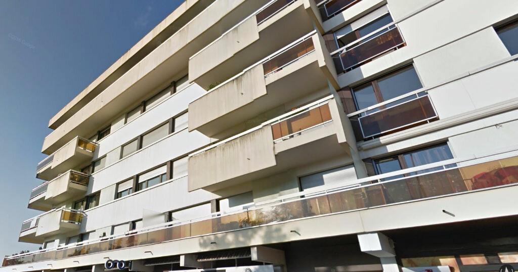 Location Appartement 1 pièce à Gex - vignette-1