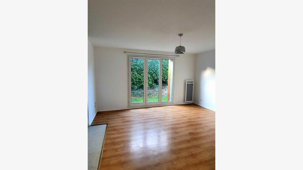 Location Appartement 2 pièces à Gex - vignette-2