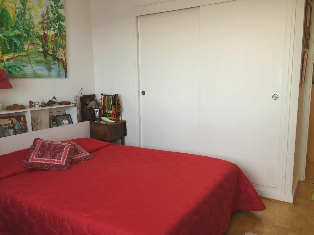 Achat Appartement 3 pièces à Gex - vignette-4