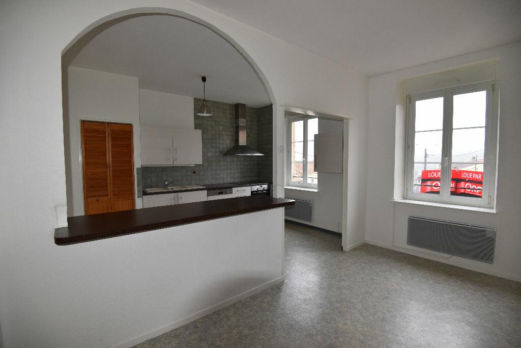 Location Appartement 4 pièces à Marange-Silvange - vignette-4