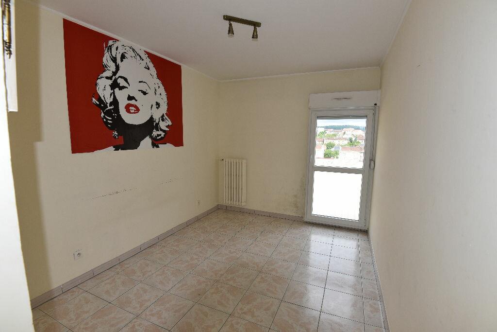 Achat Appartement 3 pièces à Rombas - vignette-4