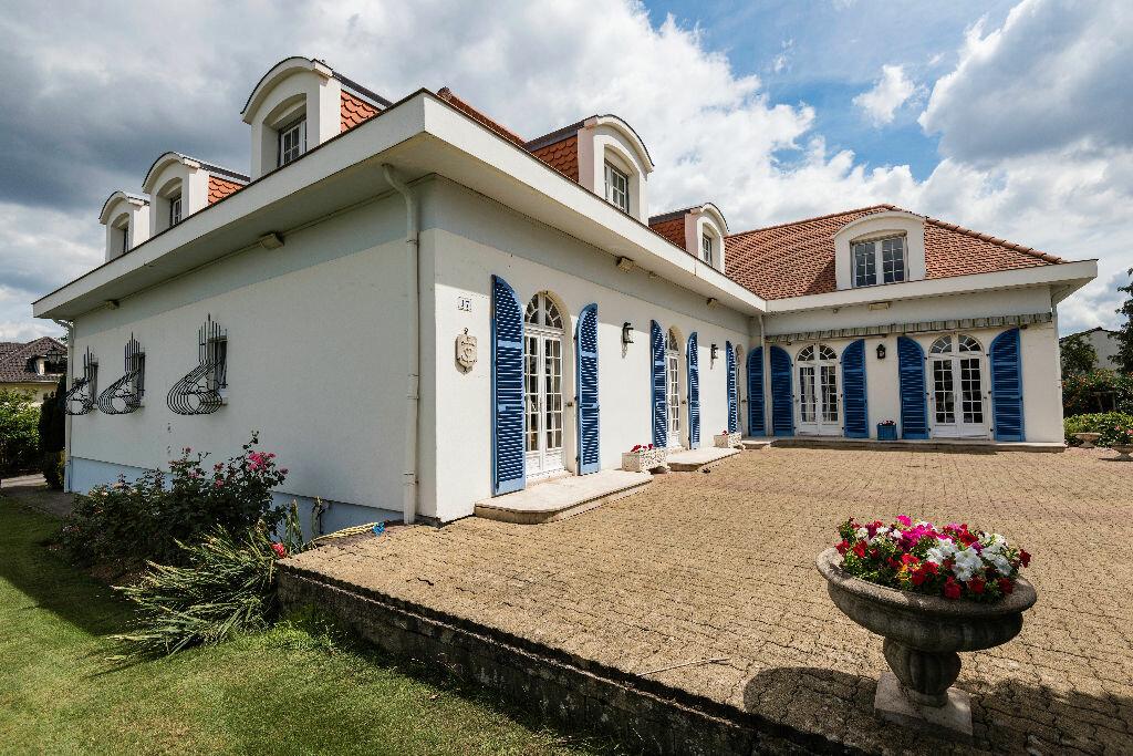 Achat Maison 10 pièces à Maizières-lès-Metz - vignette-1