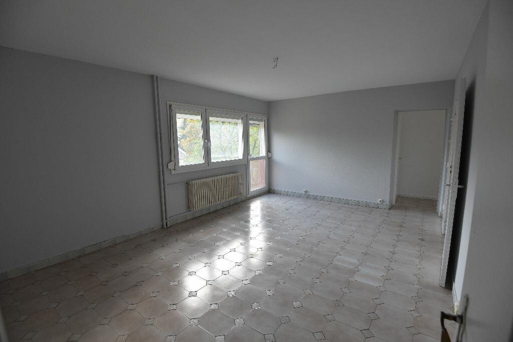 Achat Appartement 4 pièces à Rombas - vignette-1
