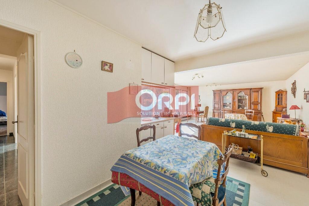Achat Appartement 5 pièces à Champs-sur-Marne - vignette-6