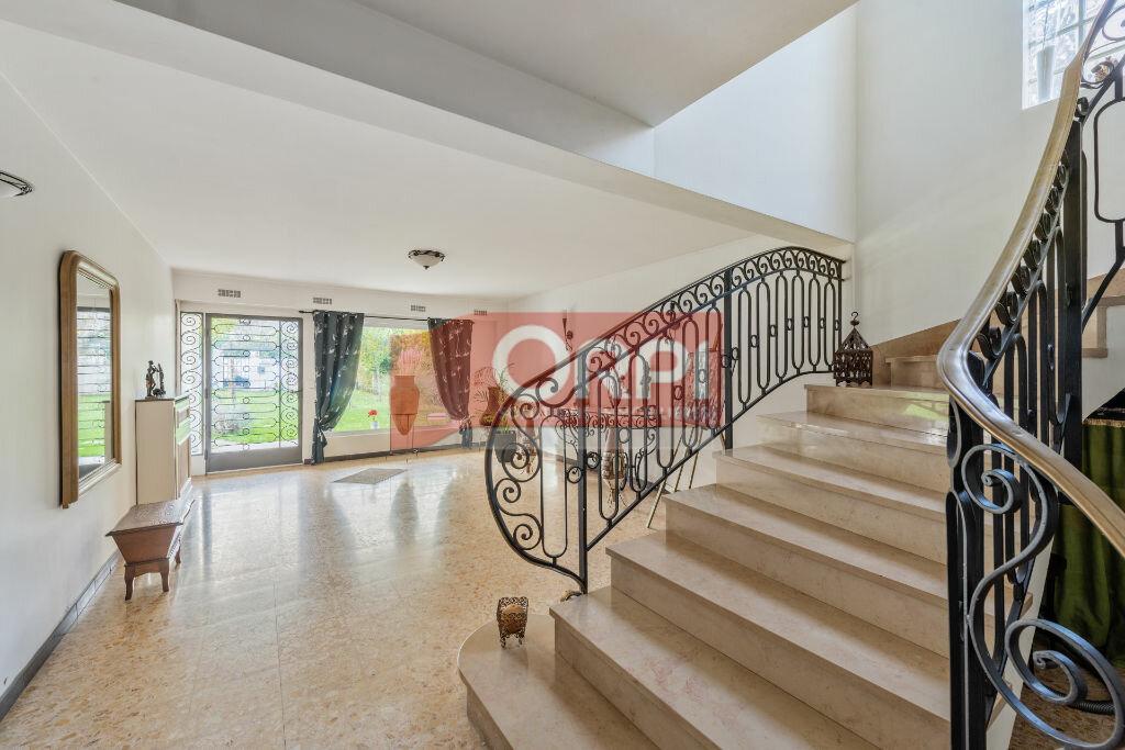Achat Maison 9 pièces à Champs-sur-Marne - vignette-4