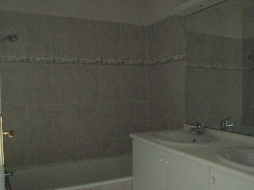Achat Appartement 3 pièces à Saint-Vincent-de-Tyrosse - vignette-9