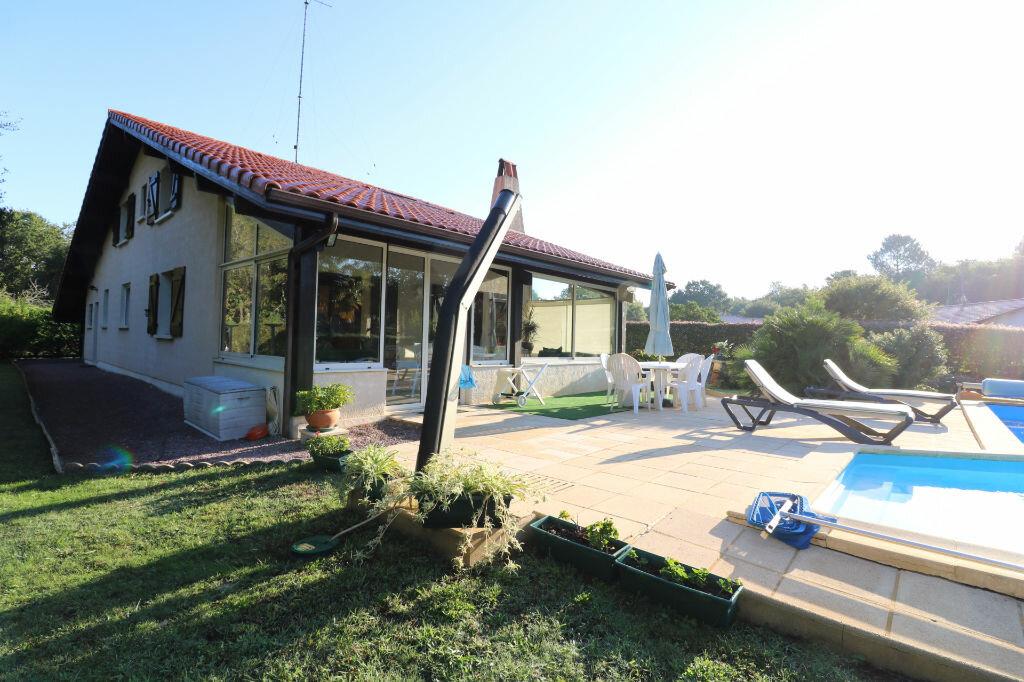 Achat Maison 6 pièces à Saint-Vincent-de-Tyrosse - vignette-7