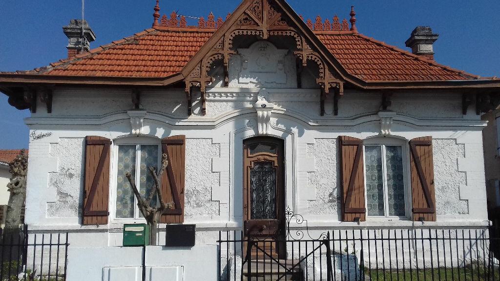 Achat Maison 8 pièces à Gujan-Mestras - vignette-1