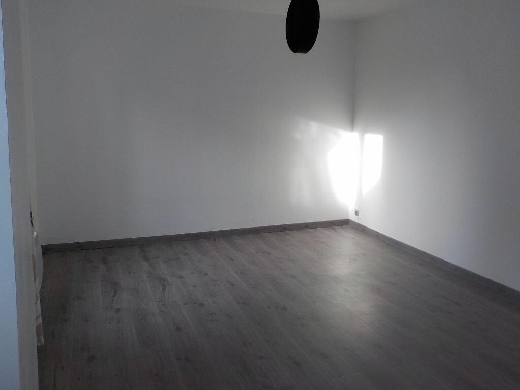 Location Appartement 2 pièces à Arras - vignette-3