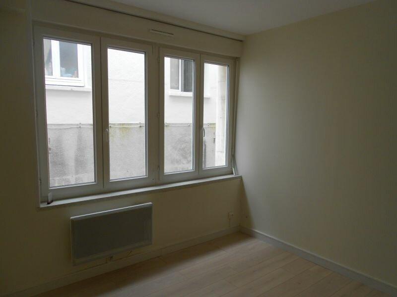Location Appartement 1 pièce à Arras - vignette-1