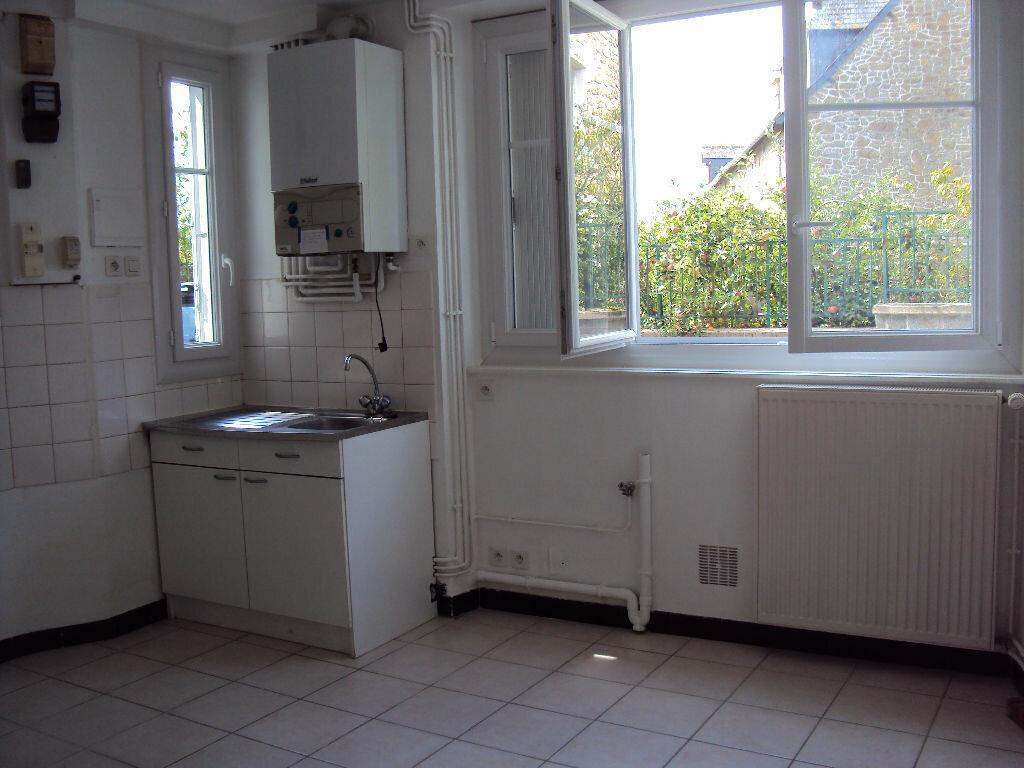 Location Appartement 3 pièces à Romagné - vignette-1