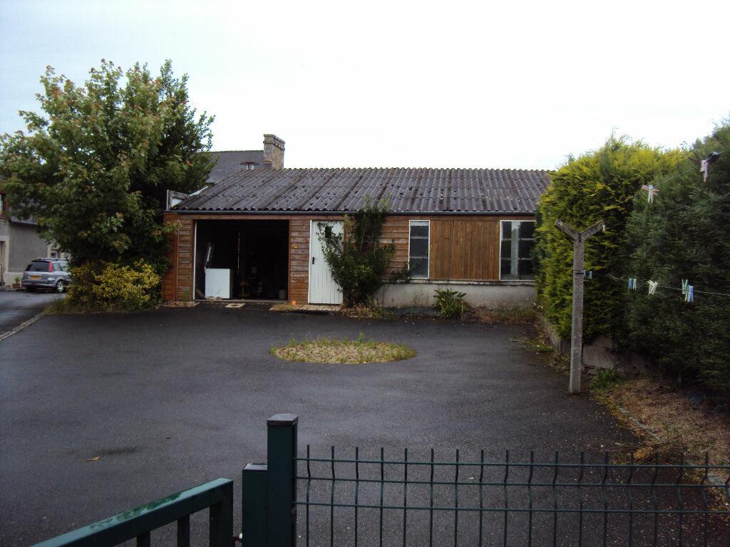 Location Maison 4 pièces à Dompierre-du-Chemin - vignette-7