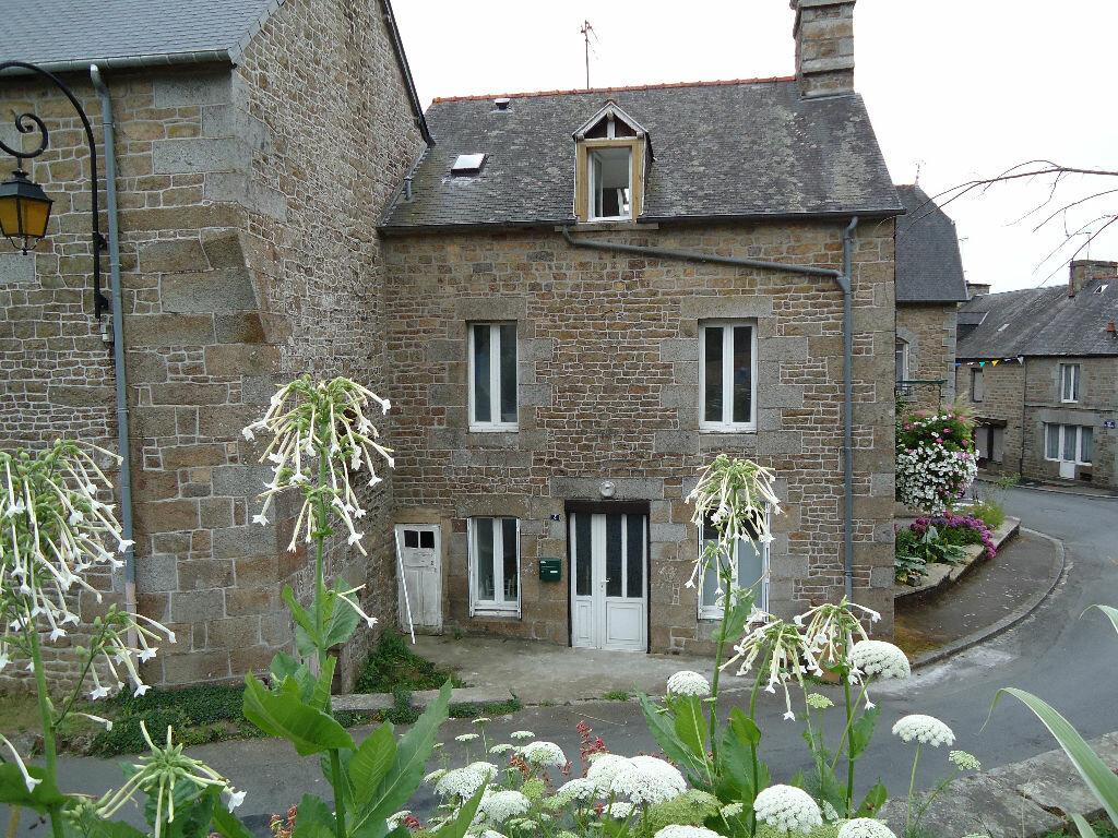 Achat Maison 4 pièces à Saint-Germain-en-Coglès - vignette-1