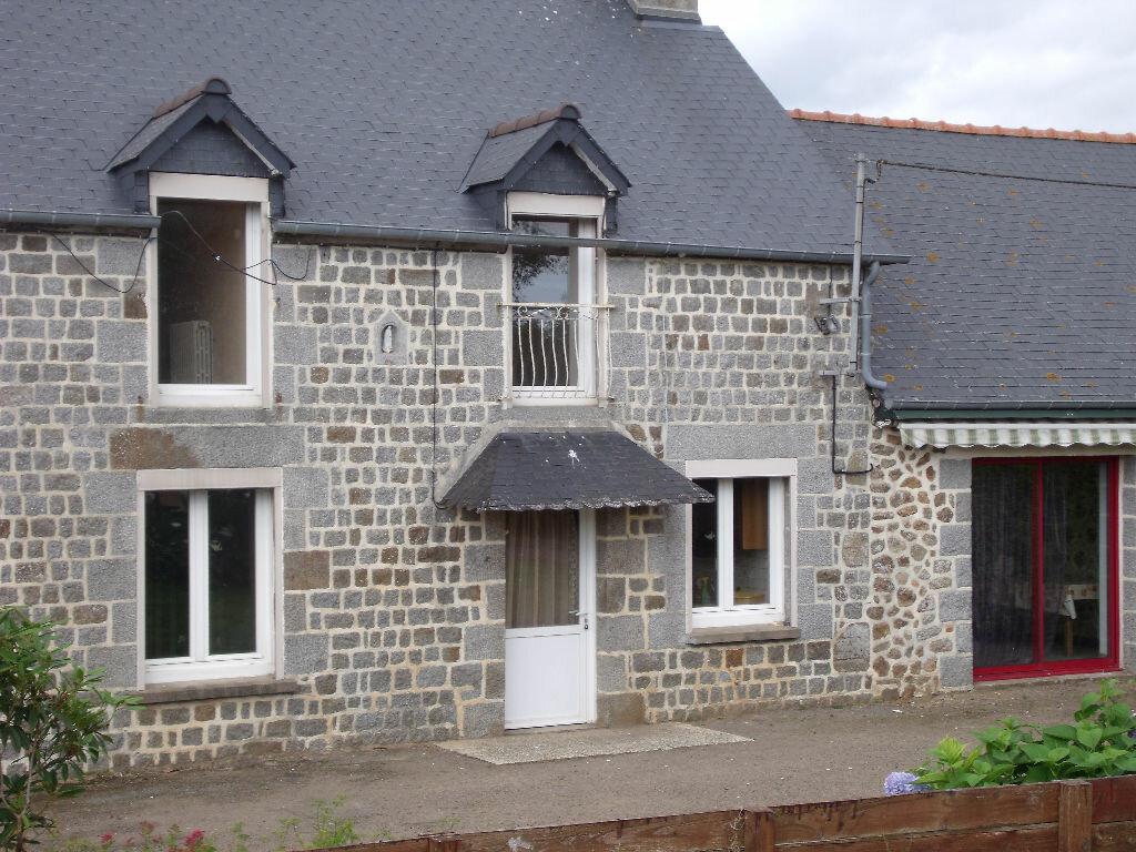 Achat Maison 4 pièces à La Bazouge-du-Désert - vignette-1