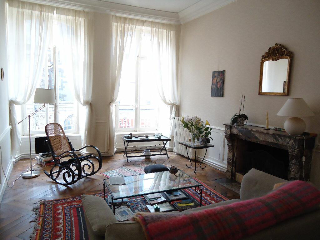 Achat Appartement 2 pièces à Fougères - vignette-1