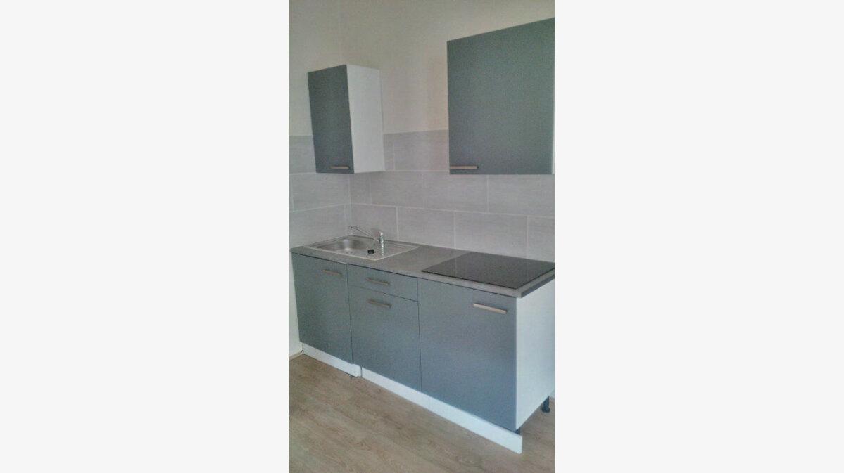 Location Appartement 1 pièce à Lunéville - vignette-1