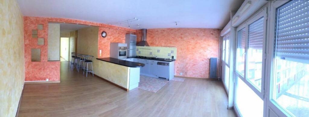 Location Appartement 4 pièces à Vandoeuvre-lès-Nancy - vignette-1