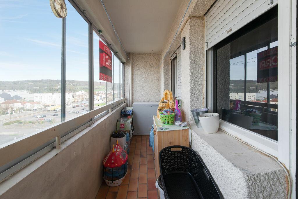 Achat Appartement 5 pièces à Champigneulles - vignette-2