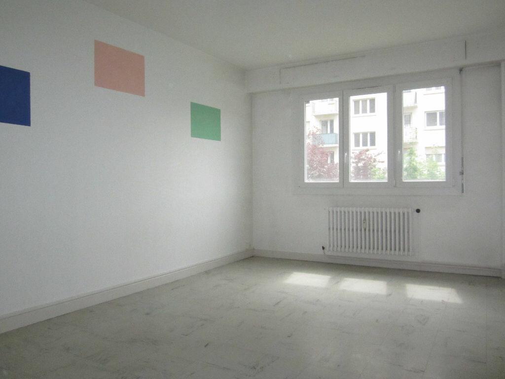Achat Appartement 2 pièces à Vandoeuvre-lès-Nancy - vignette-1