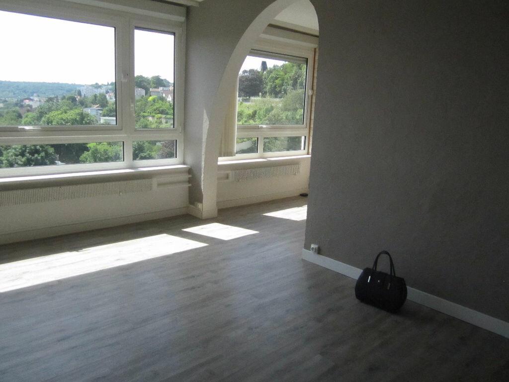 Location Appartement 5 pièces à Nancy - vignette-1