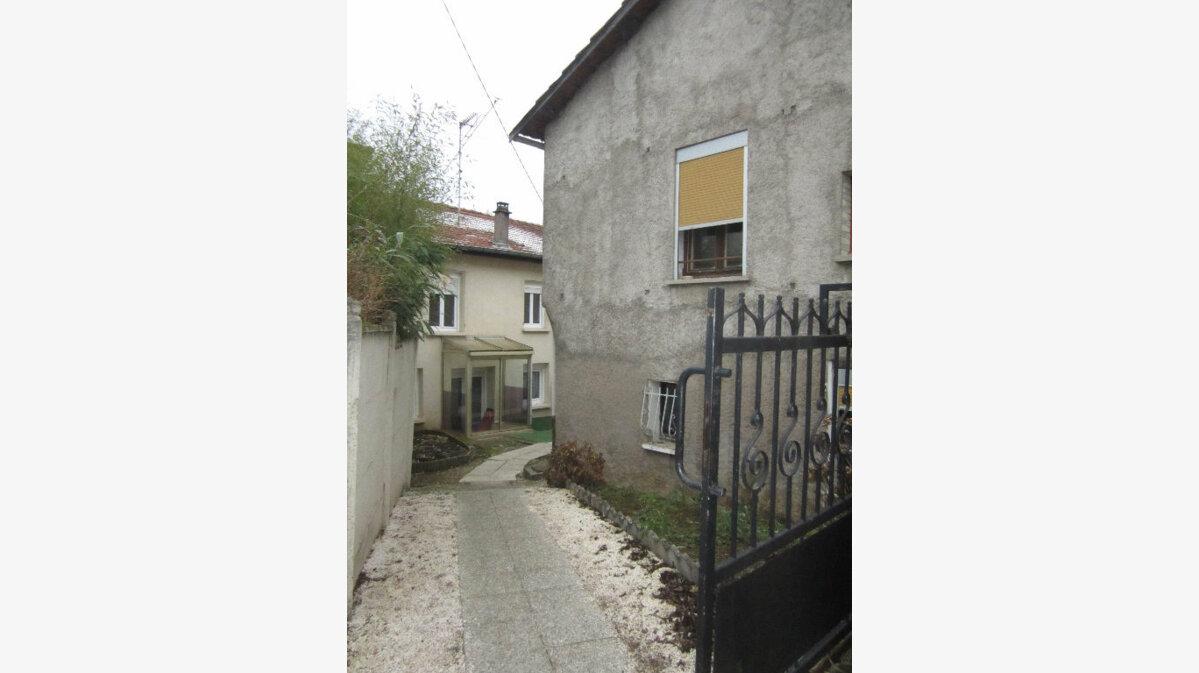 Achat Appartement 4 pièces à Saint-Max - vignette-1