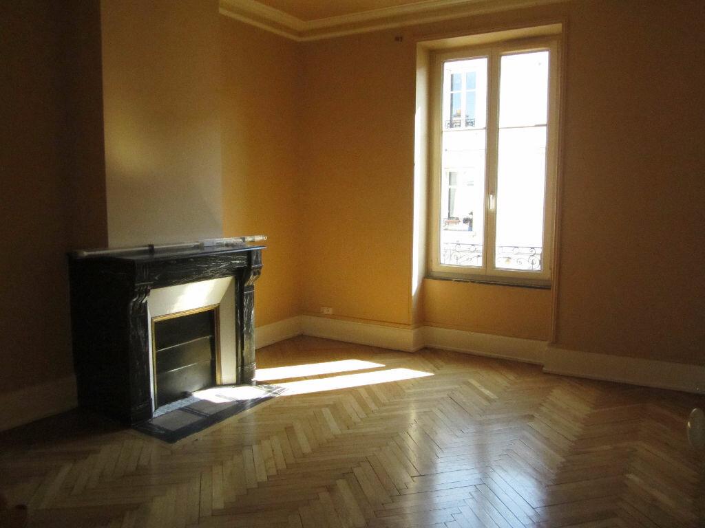 Location Appartement 3 pièces à Nancy - vignette-8