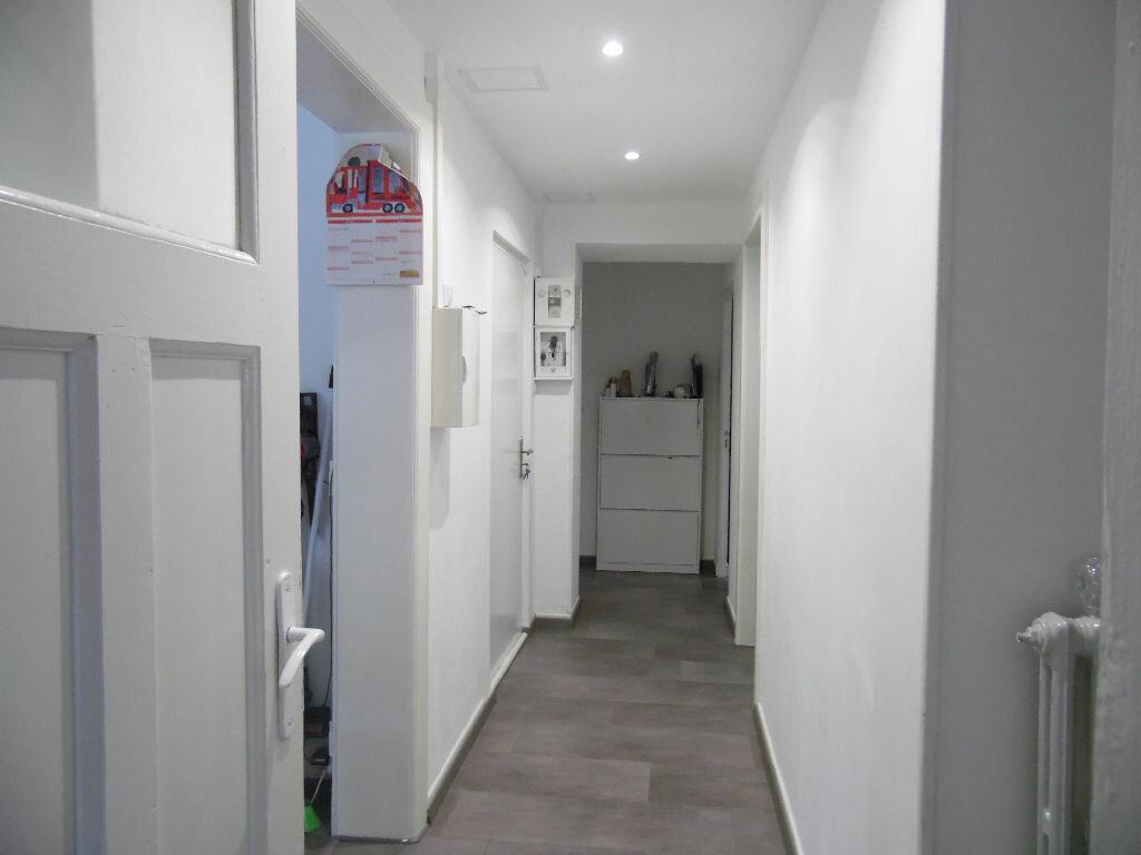 Achat Appartement 3 pièces à Montigny-lès-Metz - vignette-3