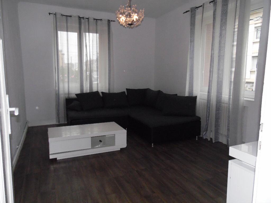Achat Appartement 3 pièces à Montigny-lès-Metz - vignette-10