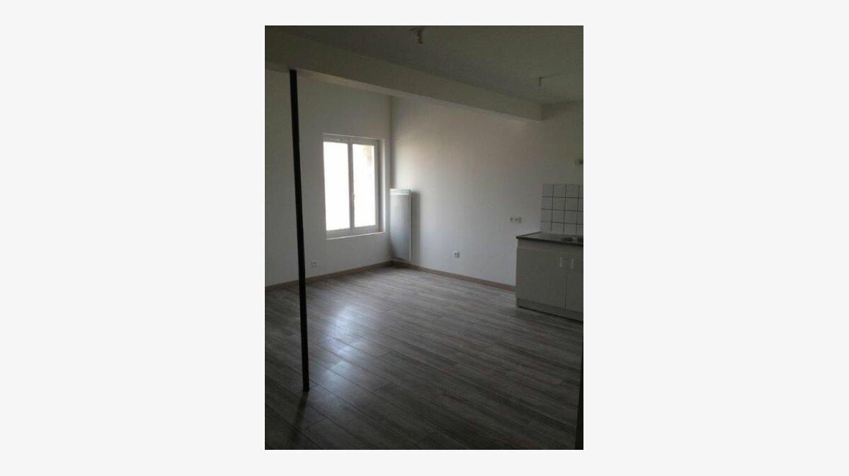 Location Appartement 2 pièces à Clérey-sur-Brenon - vignette-3
