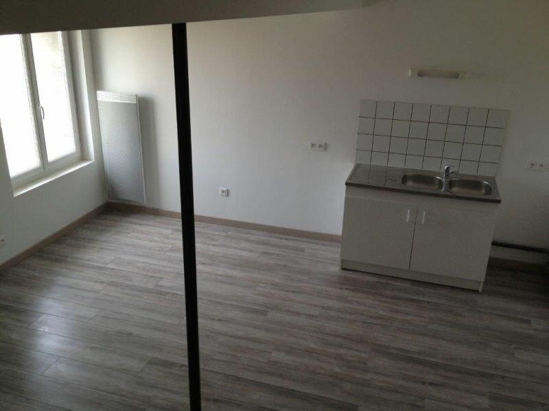 Location Appartement 2 pièces à Clérey-sur-Brenon - vignette-5