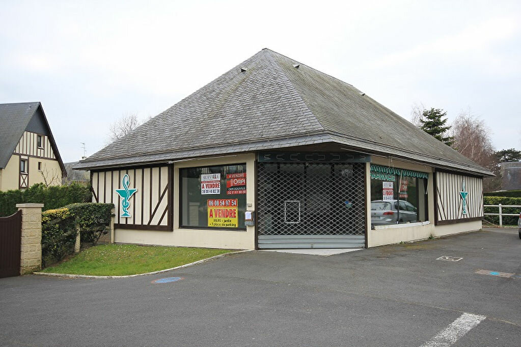 Achat Local commercial  à Benerville-sur-Mer - vignette-1