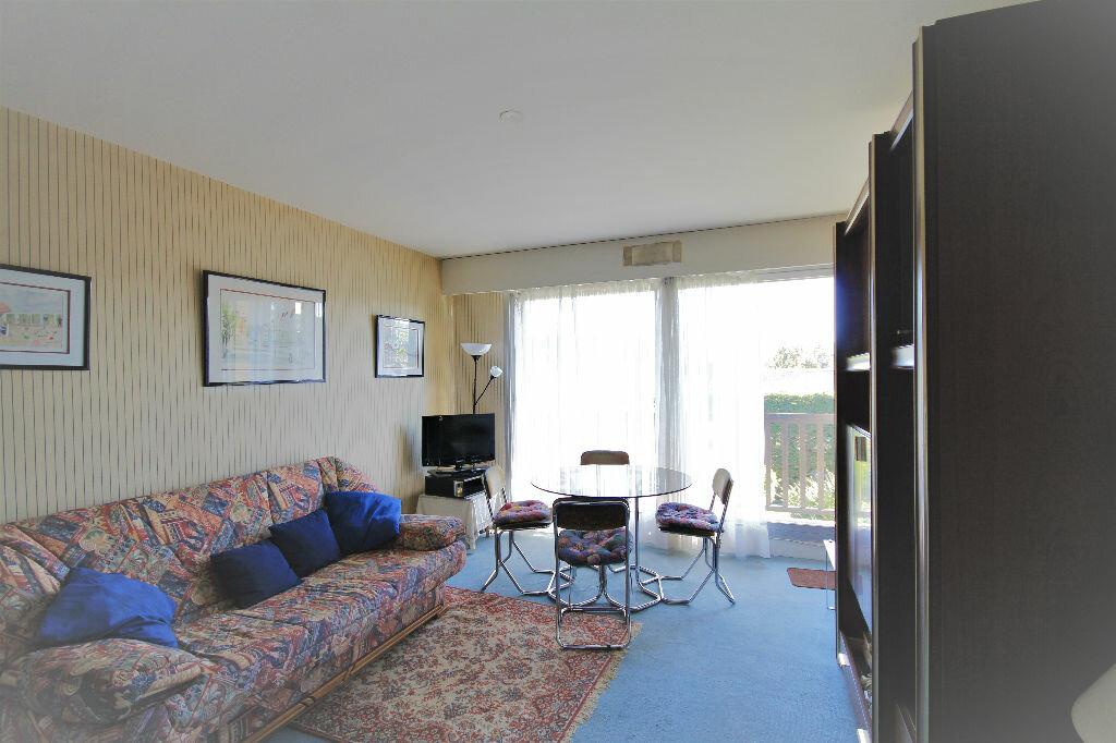 Achat Appartement 2 pièces à Tourgéville - vignette-1