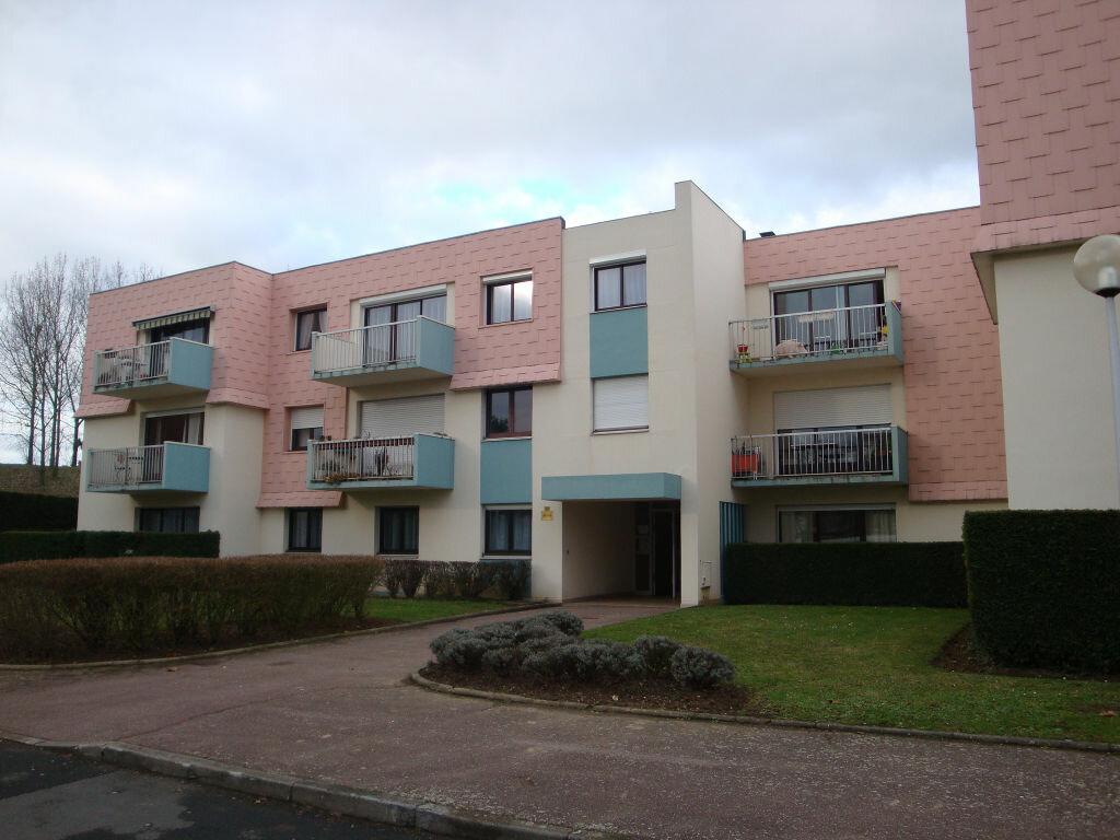Achat Appartement 4 pièces à Le Grand-Quevilly - vignette-1