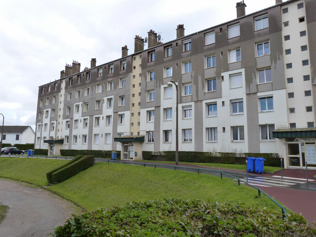 Achat Appartement 4 pièces à Le Petit-Quevilly - vignette-1
