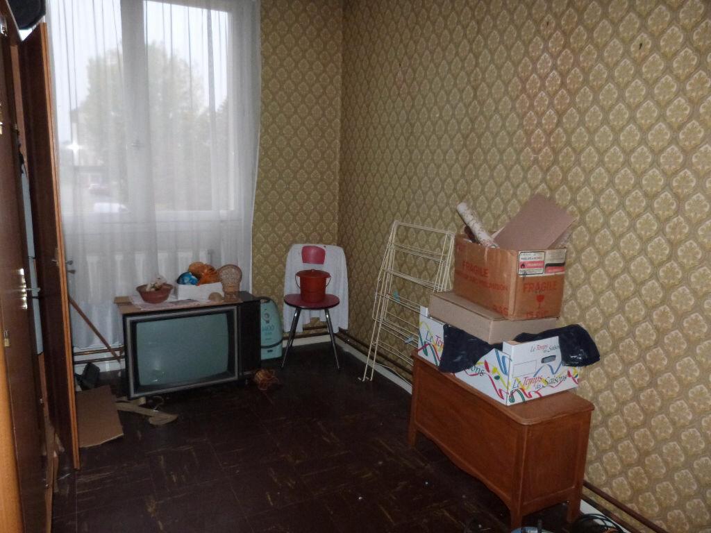 Achat Appartement 4 pièces à Le Petit-Quevilly - vignette-4