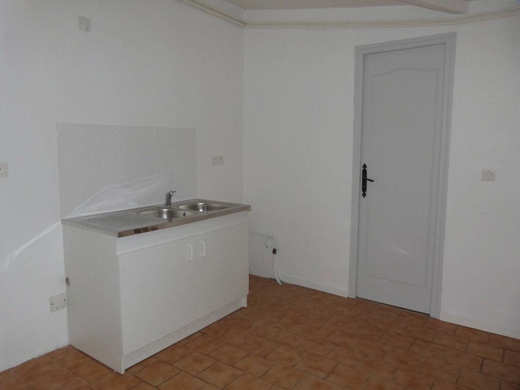 Achat Maison 5 pièces à Saint-Étienne-du-Rouvray - vignette-6